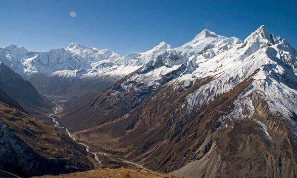 tsum valley trek reisen